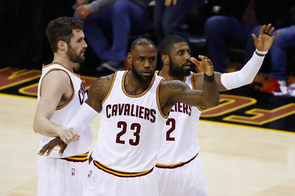 cfb75acbadb Guess who was with LeBron James when Kyrie Irving called to apologize   Scenes from an Italian restaurant