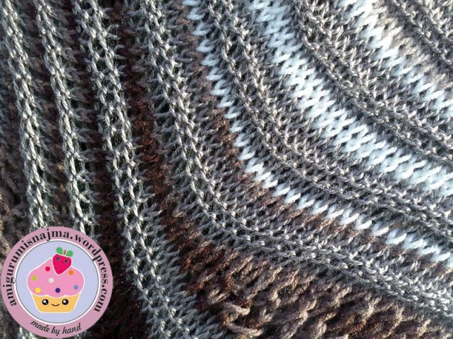 knitted shawl chal dos agujas