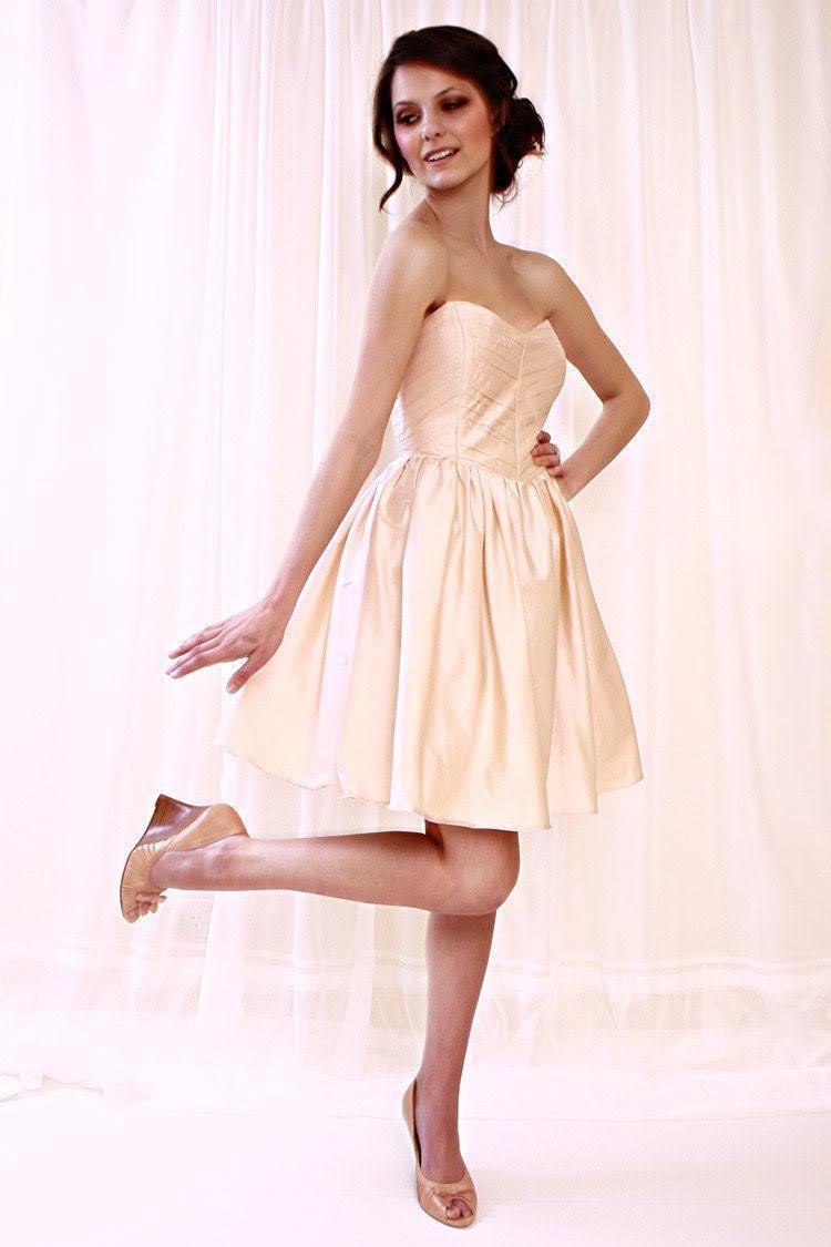 Corella  dress