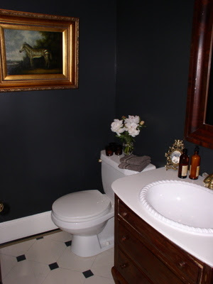 Drama in the powder room - AbbeyK — On Interior Design