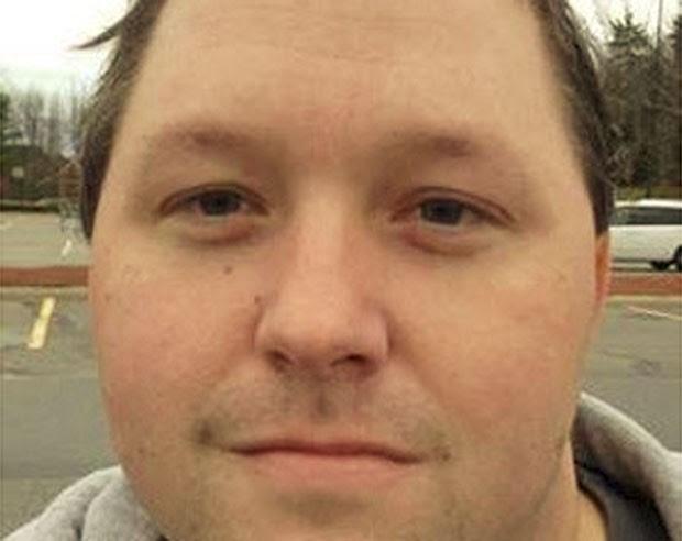O norte-americano Scott Pipher, de 34 anos, foi preso no estado do Maine, nos EUA, após ligar para a polícia para reclamar que uma prostituta havia terminado o programa 'cedo demais'. Ele disse que ainda tinha 10 minutos do serviço que havia contratado.  (Foto: Divulgação)