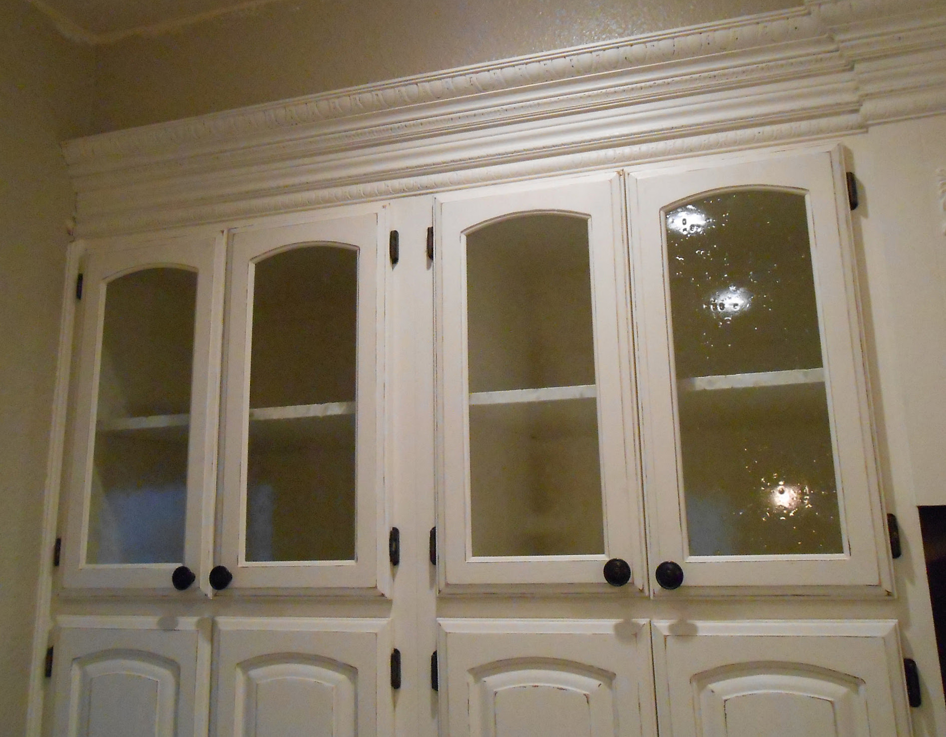 Kitchen Cabinets with Glass