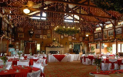 Mountain Top Inn and Resort is a wedding venue in Warm