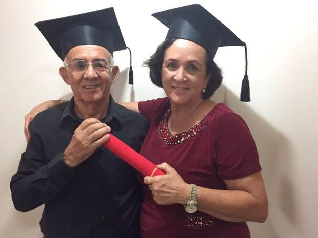 Filha de Brasil, Márcia se formou com ele em direito, sua terceira graduação Goiânia Goiás (Foto: Márcia Sales/ Arquivo Pessoal)