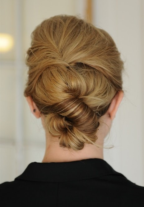 Simple Knot  Updo  Hairstyle  PoPular Haircuts