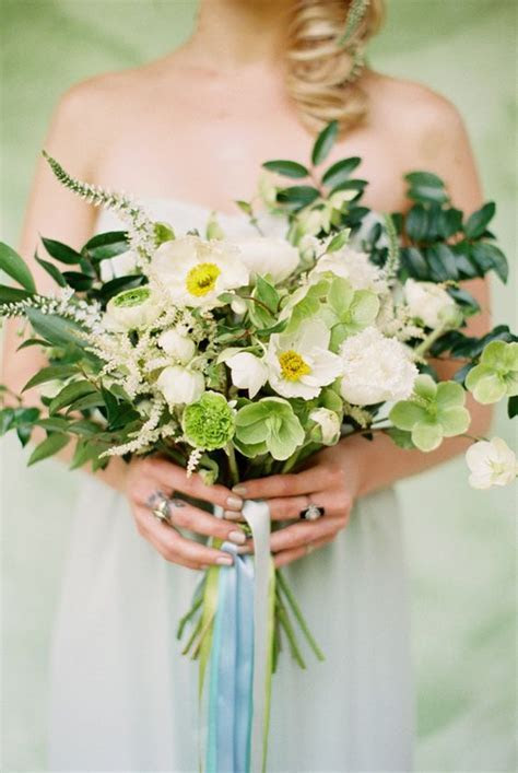 Wedding Wednesday :: Hellebores Bouquets   Flirty Fleurs