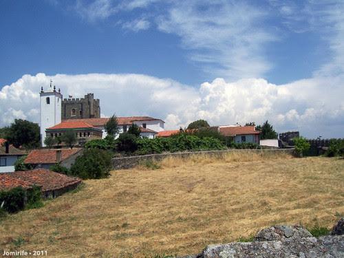 Castelo de Bragança: Casas