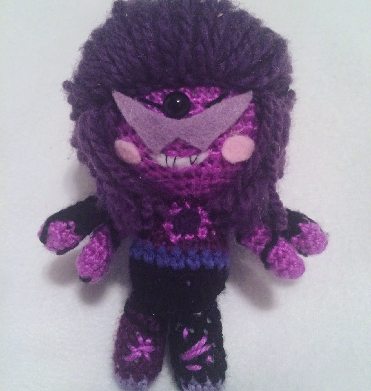 Amigurumi Sugilite from Steven Universe! A big ol grape with nothin to lose and everything to show off 🍇🕶🏋🏿