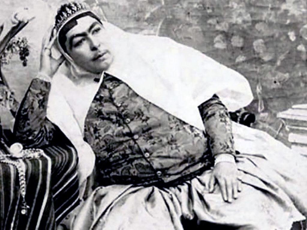 Assim eram as 100 concubinas do harém do Xá de Pérsia no Século XIX 04