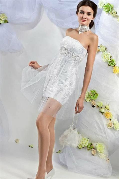 Short/Mini Wedding Dresses
