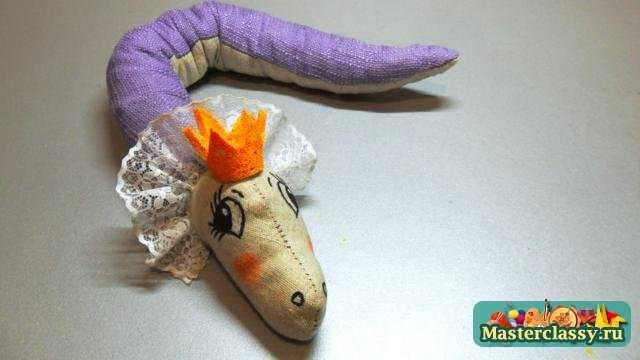 Змея 2013 своими руками. Мастер класс по шитью