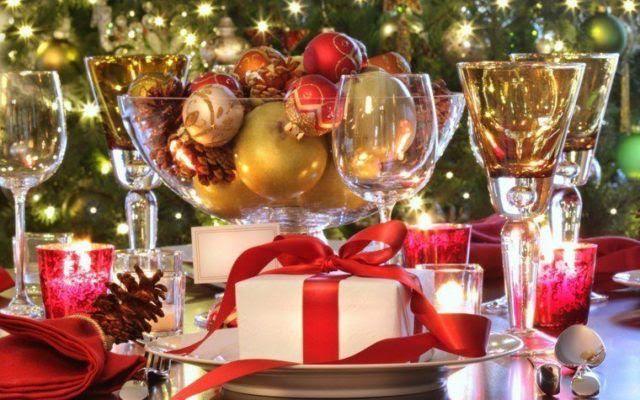 centros-de-mesa-navidenos-con-regalos