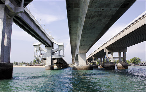 Passing under the bridge