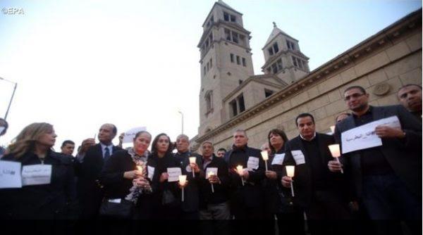 Egypte: les catholiques annulent leurs  fêtes de Noël