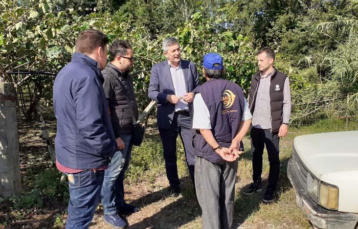 Άρτα: Επίσκεψη Δημάρχου στις πληγείσες από χαλάζι περιοχές του Δήμου Αρταίων