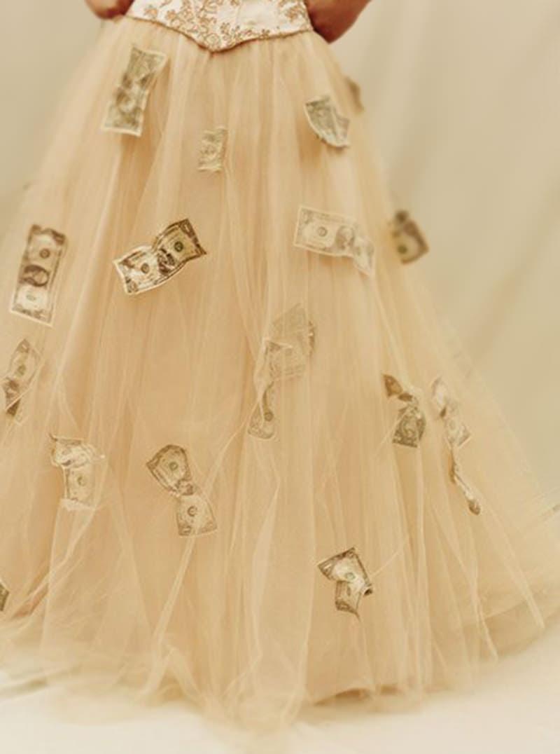 nota-dinheiro-vestido-noiva-casamento-cuba-tradicao