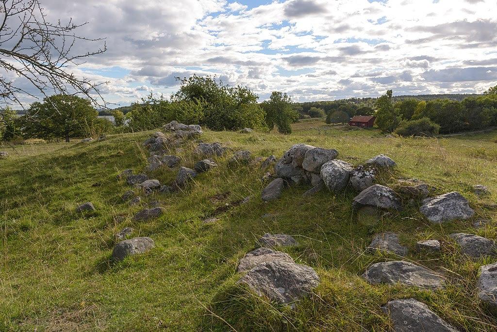 Alsnö hus September 2013 03.jpg