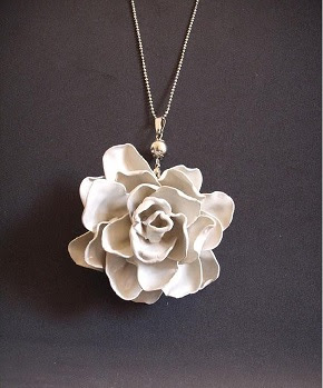 flor-colheres-plastico