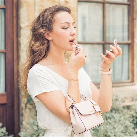 Olivia Poncelet   Wedding, Fashion & Food Photographer