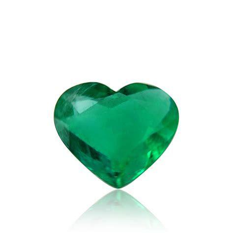 4.01 carat, Green, COLOMBIAN Emerald, Heart Shape, Minor