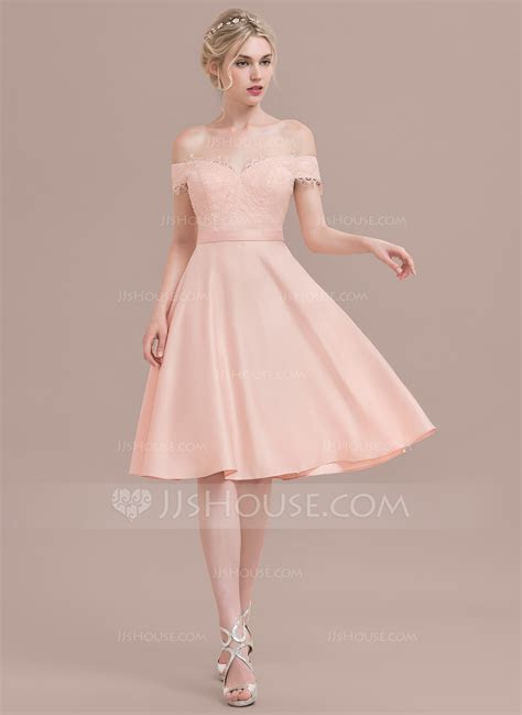 A Line/Princess Off the Shoulder Knee Length Satin Lace