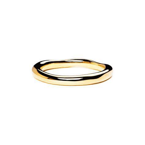 18ct Yellow Gold Thin Wedding Wave Band ? Sara Hartley