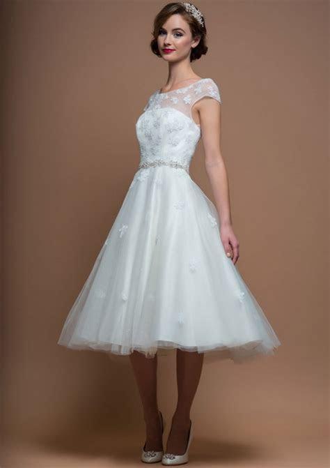 Vintage wedding dresses short