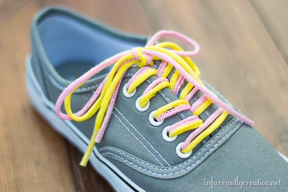 how to make tee shirt shoelaces
