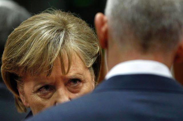 Unglückliche Aussage: Angela Merkel wurde angezeigt – hier im Gespräch mit dem griechischen Premierminister George Papandreou in Brüssel.