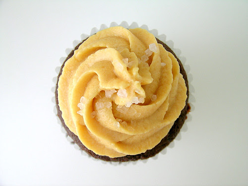 Chocolate Salted Dulce De Leche Cupcakes