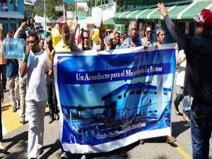Anuncian vigilia frente al Palacio en reclamo de construcción de un acueducto