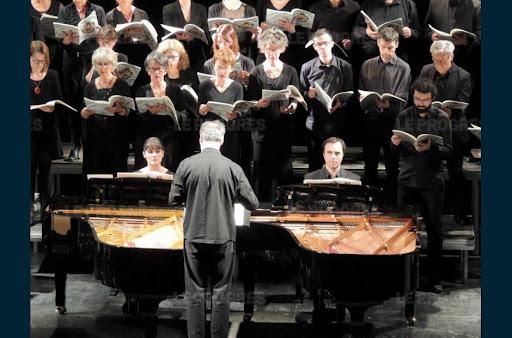 Fraisans : les enfants chantent en latin Carmina Burana