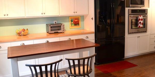 Remodelaholic | Custom Cabinets & Kitchen Island