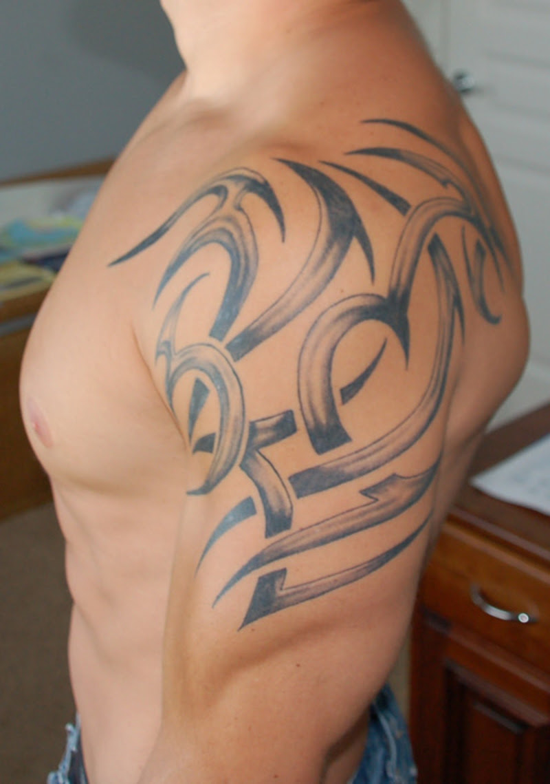 Tribal Shoulder Tattoo Art For Men Tattoomagz