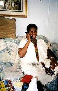 susie-phone-dela