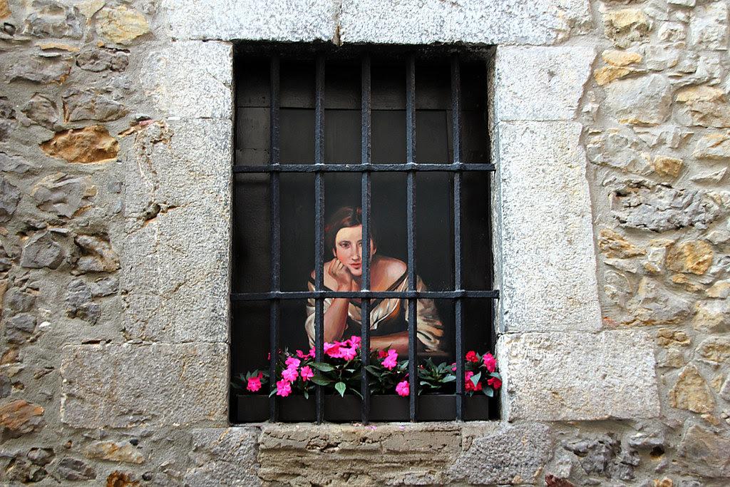 trampantojo en la Puebla Vieja de Laredo