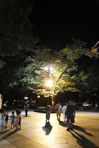 Under the tree (Mitama Festival 2010)