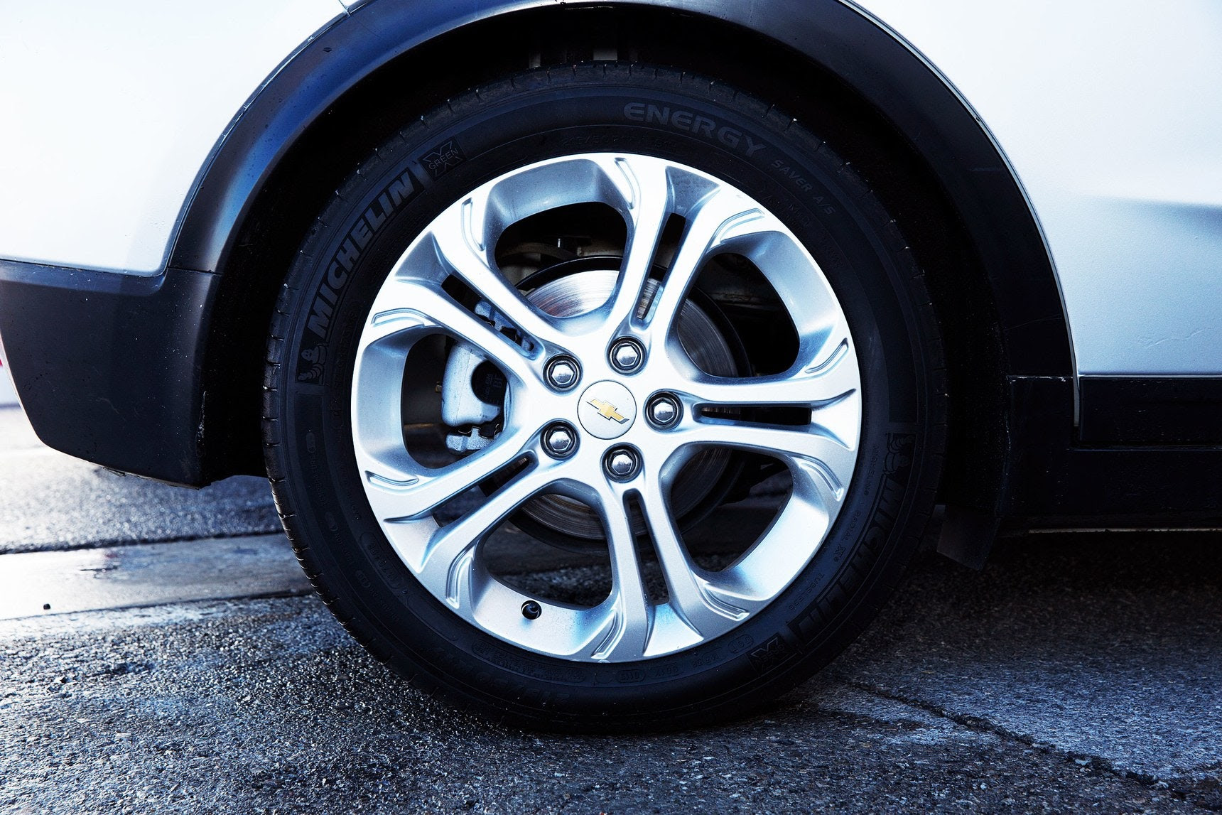 The Obsessive Secretive Race To Make The Perfect Tire For Electric Cars Wired