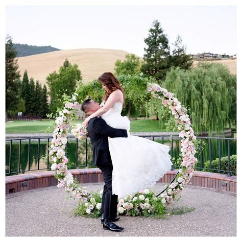 Circle of love round arch   lake backdrop made the