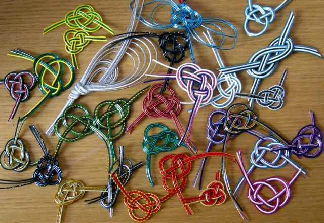 Mizuhiki How To | ... adding a Mizuhiki knot it makes them that bit special and individual