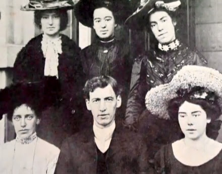Evans with Female Singers