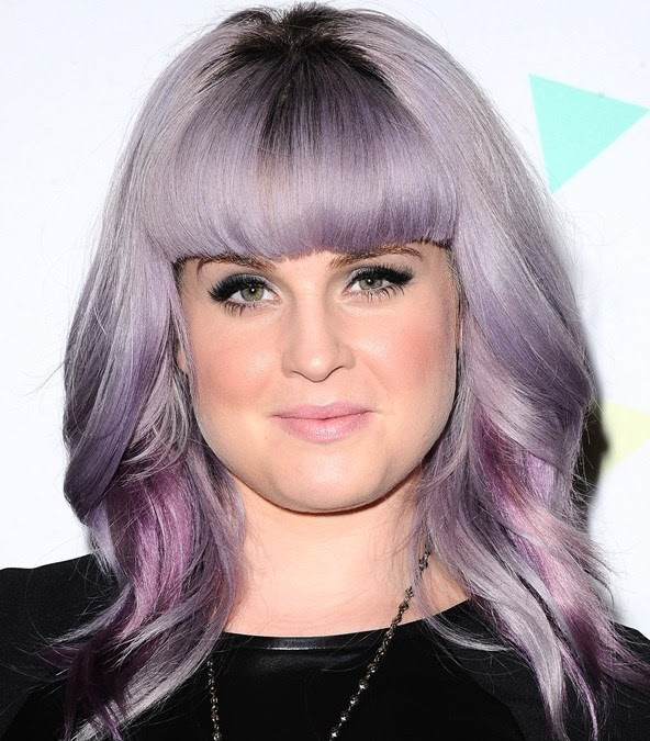 Best Short Haircuts for Plus Size Women- Double Chin