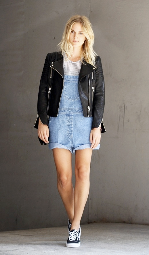 LE FASHION BLOG STREET STYLE MIJA BLOG CREATORS OF DESIRE LEATHER HM MOTO JACKET TEXTURED SLEEVE CHAMBRAY DENIM SHORT OVERALLS DUNGAREES T BY ALEXANDER WANG LINEN STRIPE TEE TSHIRT TANK TOP BLACK VANS ORIGINAL AUTHENTIC SNEAKERS BLONDE WAVY HAIR photo LEFASHIONBLOGSTREETSTYLEMIJAMOTOJACKETDENIMOVERALLSSHORTS.png