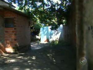 Três homens são encontrados mortos em casa de Sorocaba (Foto: Reprodução/TV TEM)