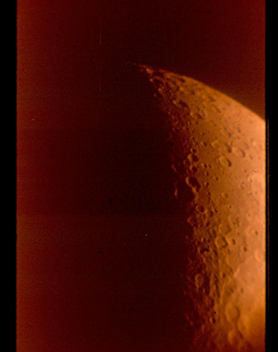 http://buhlplanetarium2.tripod.com/observatory/pix/siderostat_moon.jpg