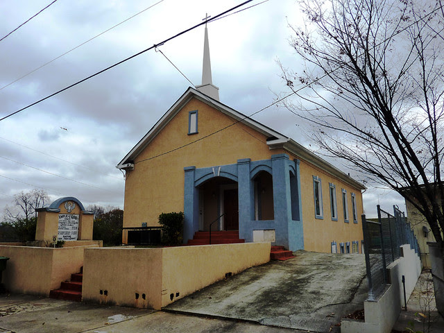 P1020766-2011-10-30-Temple-of-God-1353-Boyd-Ave-Atlanta
