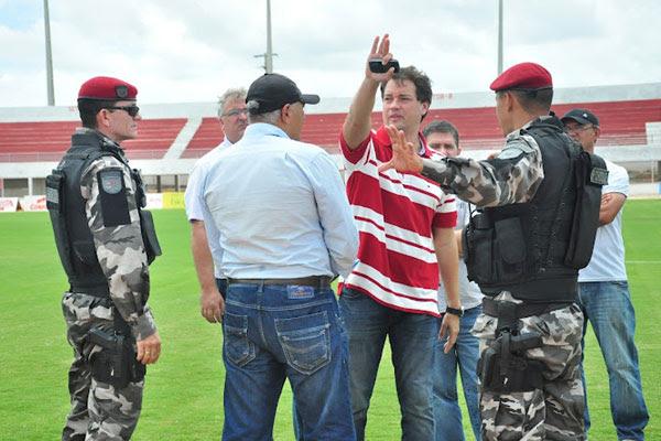 Promotor Luiz Marinho se preocupa com isolamento dos alvinegros