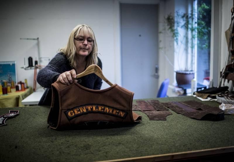 Annette Villumsen synes, at HA'ernes rygmærke er flot - men det betyder ikke, at hun er enig med dem. (Foto: Jonas Olufson)