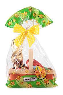 RIEGELEIN Milk chocolate Easter chocolates in basket 300g