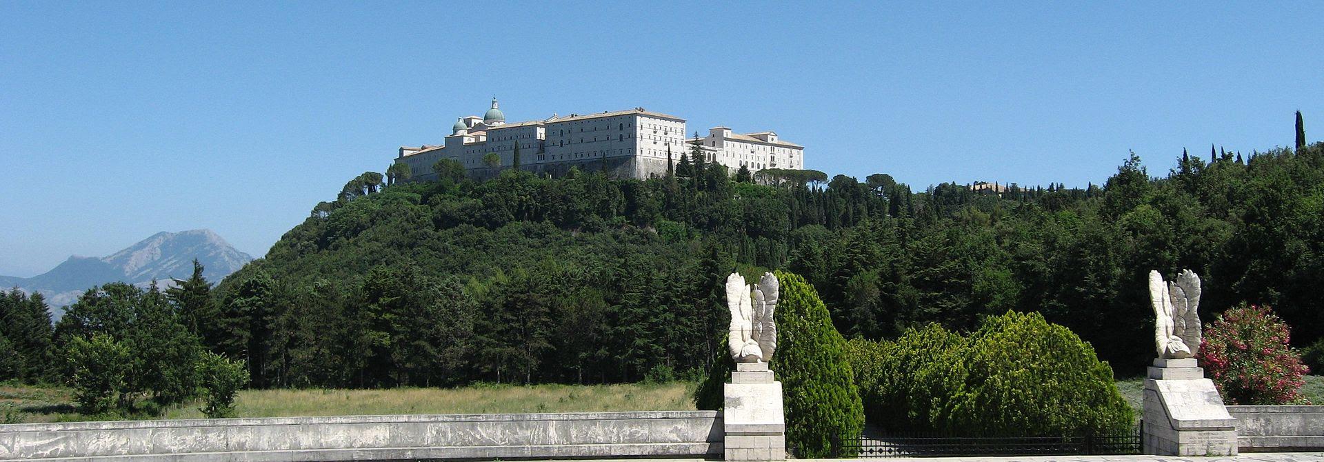 Monte Cassino - wide view.JPG